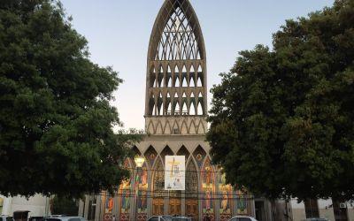 Eigenwillige Kathedrale in Osorno