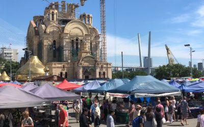 Neue Basilika, Kuppeln für Aufbau bereit