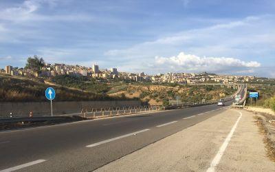 Agrigento zuoberst auf dem Berg