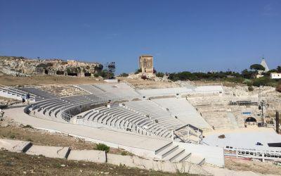 Das griechische Theater. 15000 Plätze