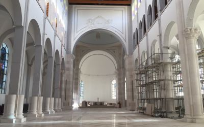 Es werden noch grosse Kirchen gebaut