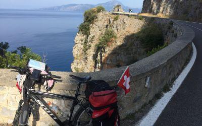 Wunderschöne Steilküste nach Sapri