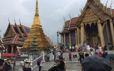 Wunderschöne Stupa