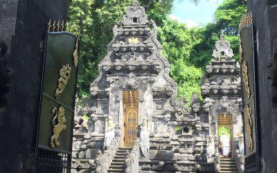 Ja, ich bin im hinduistischen Bali