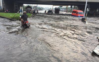Java - kilometerlange Überschwemmmungen