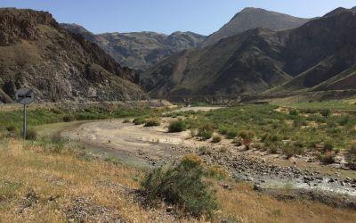 Unteres Tal mit Eisenbahn